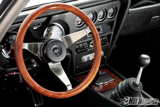 1969-opel-gt-steering-wheel.jpg