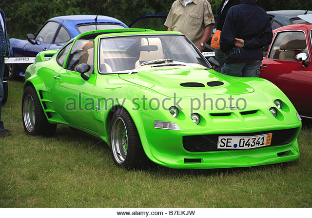 lime-green-opel-gt-classic-retro-1970-sport-car-motor-vehicle-oldtimer-b7ekjw.jpg