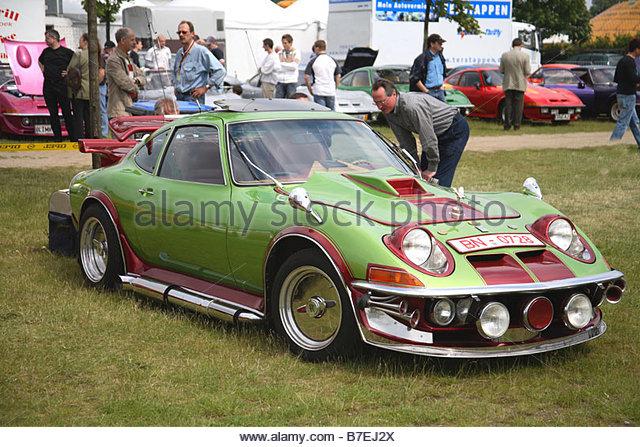 opel-gt-classic-retro-1970-sport-car-motor-vehicle-oldtimer-german-b7ej2x.jpg